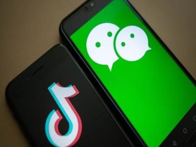"""Mỹ cấm WeChat của Trung Quốc sẽ """"gậy ông đập lưng ông""""?"""