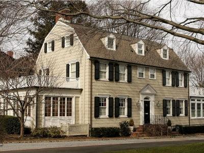 """Những ngôi nhà nổi tiếng ma ám nhưng có giá đến vài chục tỷ """"gây sốc"""""""